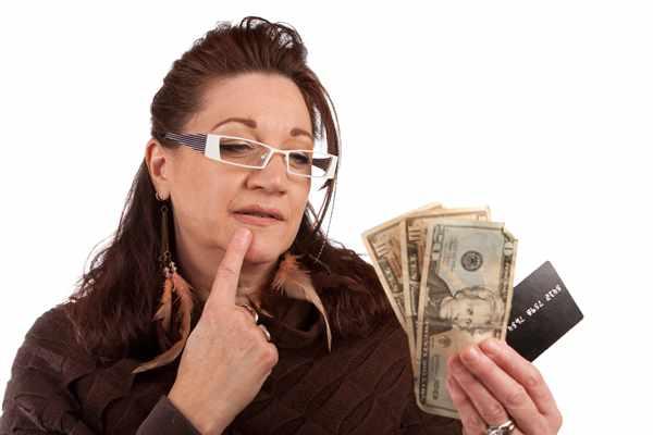 Pełno ludzi decyduje się na kredyty pozabankow